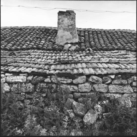 Detail of outbuilding, village of Kamen Bryag, northeast Bulgaria, late-1990s. Rolleiflex Tessar ƒ3.5, scan of print.