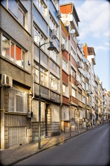 Street View, Kurtuluş, Istanbul, 2012.  Fuji X100. Click to enlarge