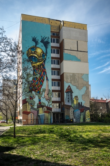 Mural, apartment block, Podyane quarter, Sofia, Bulgaria, 2016. FujiX100 w/1.4x wide-angle converter. Click on image to enlarge.